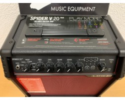 Line 6 Spider V 20 MkII Red Edition Guitar Combo_2817